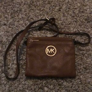 Michael Kors Brown Leather crossbody bag!